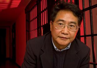WU-Alum-Qiu-Xiaolong-author